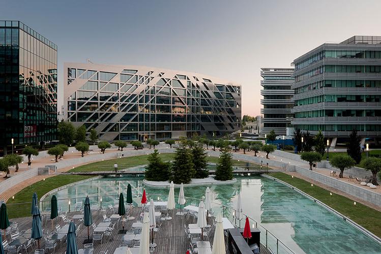Cristalia paisajismo parque empresarial
