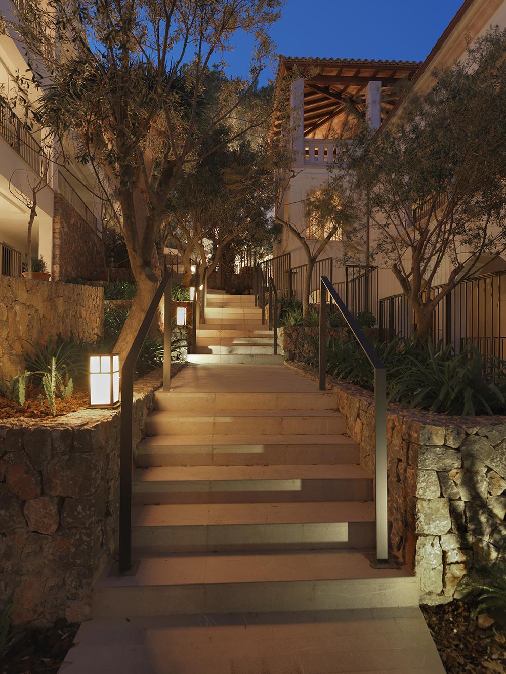 Jumeirah Port Soller Hotel & Spa - gardens 01